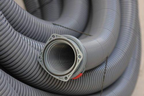 Conector gri pt copex industrial de dimensiuni mari Rezistent si robust Inel O inclus Prindere in suruburi Grad de protectie ridicat