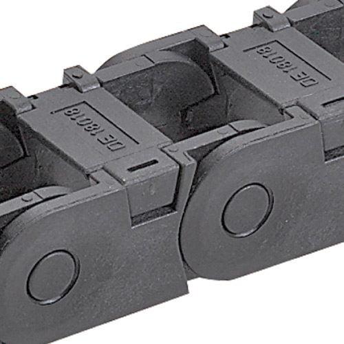 Lant portcablu inaltime 18 mm interior vedere de aproape sistem de inchidere si deschidere a lantului portcablu convenabil