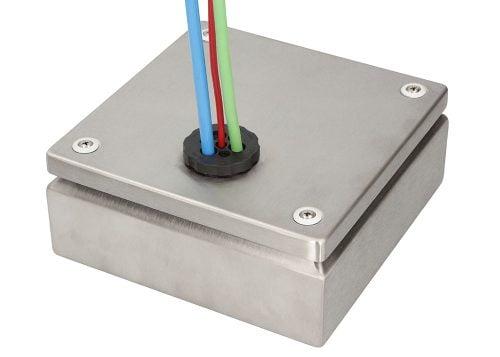 Presetupa carcasa metalica tablou electric montat rapid tranzitare cabluri electrice in sistem foarte robust avantajos si economic